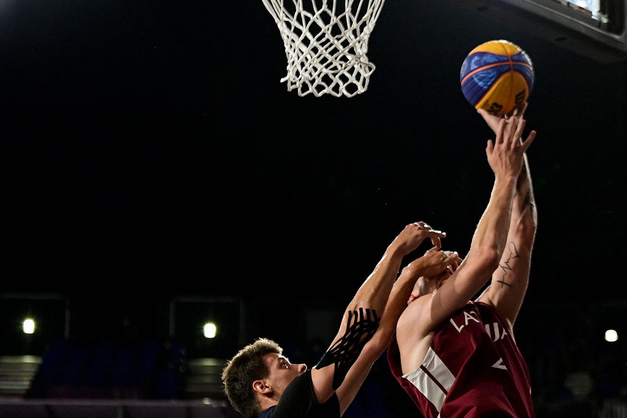 3x3-Basketball Korbversuch