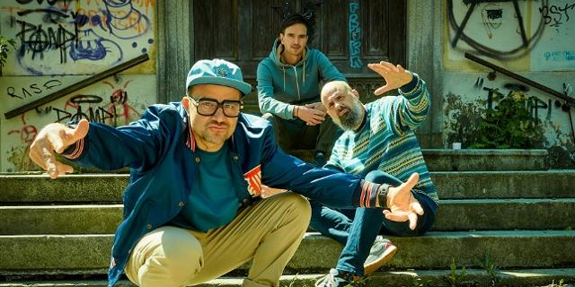Flip, Laima und DJ Dan von Texta werfen sich in Posen