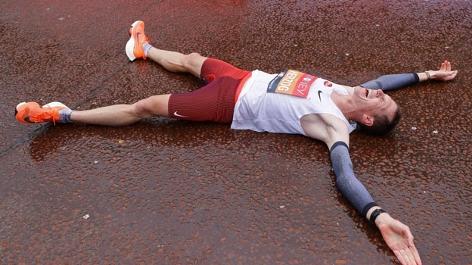 Peter Herzog freut sich über seinen neuen Österreichischen Rekord beim London-Marathon