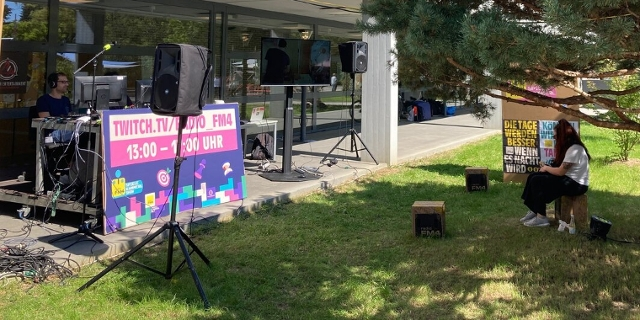FM4-Stand beim Ars Electronica Festival am Campus der JKU
