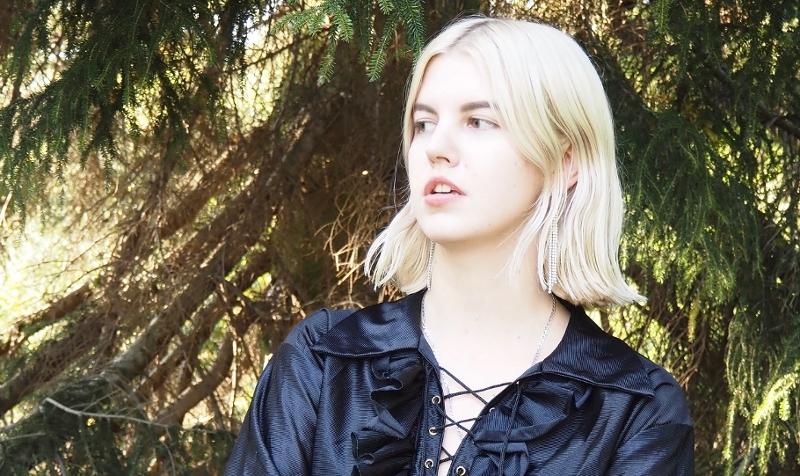 Antonia XM