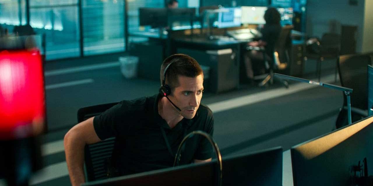 Jake Gyllenhaal als Polizist in einer Notrufzentrale